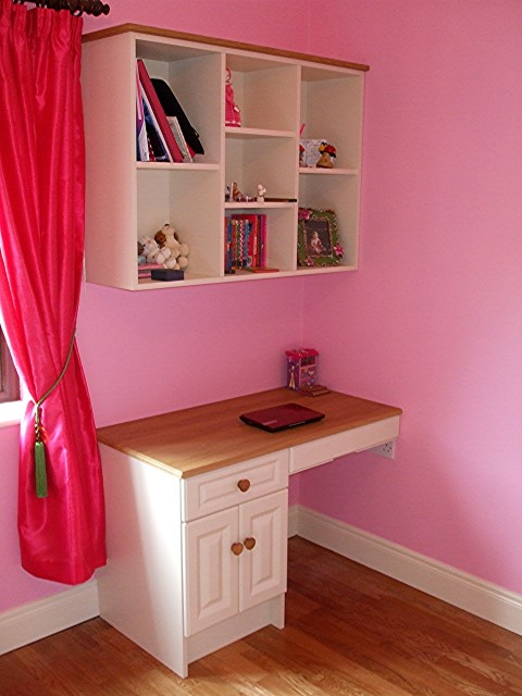 Homework Desk and Book Shelving