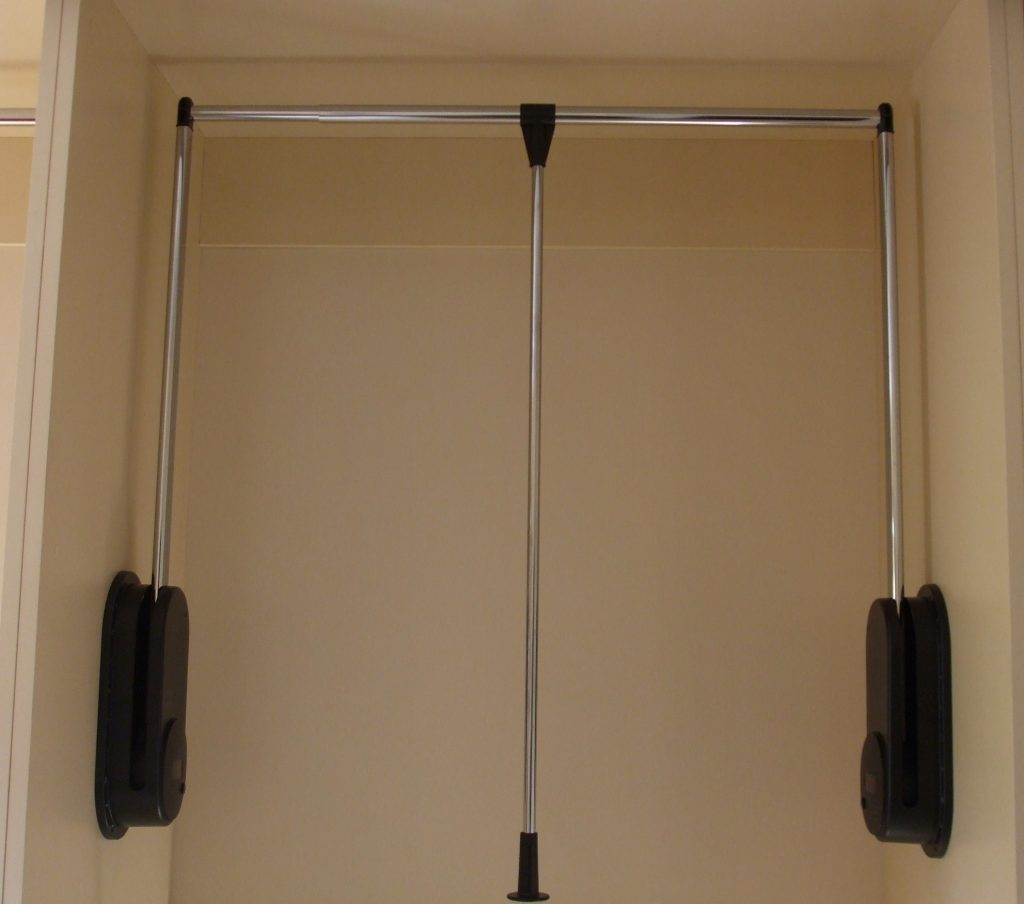 Interior Pull Down Hanging Rail for Wardrobe